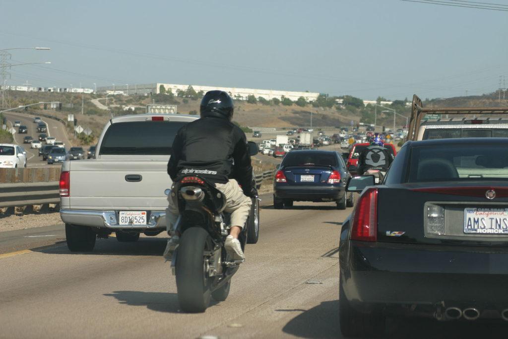 lane splitting motorcyclists in california